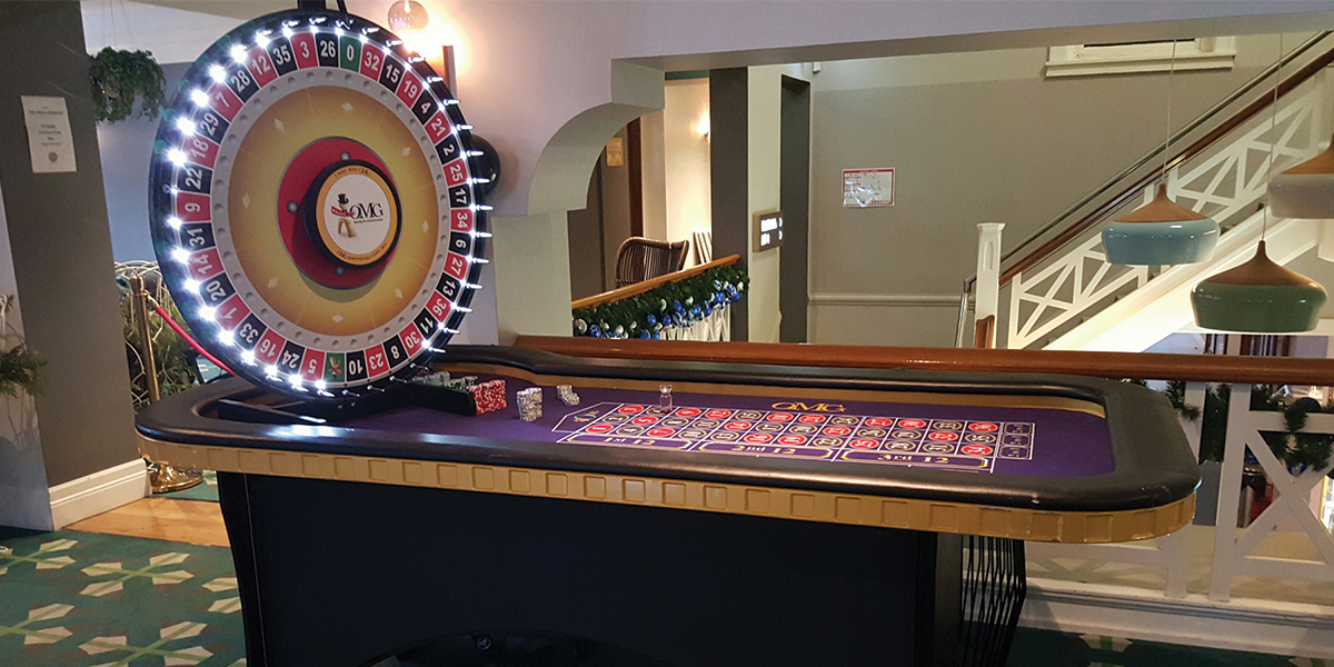 Casino party Vertical Roulette table